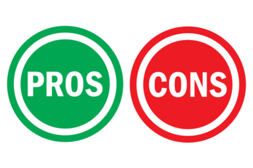 Pros and cons in green and red circle shape icons